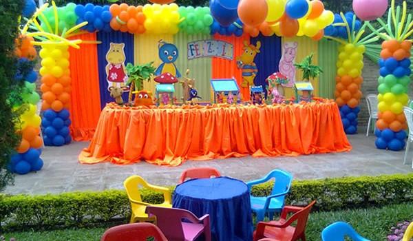 fiesta barata para niños en su aniversario